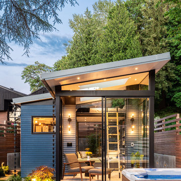 Montlake Backyard Cottage