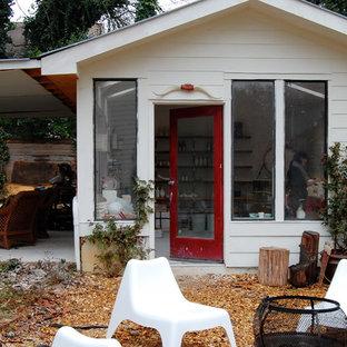 Eklektisches Gartenhaus als Arbeitsplatz, Studio oder Werkraum in New York