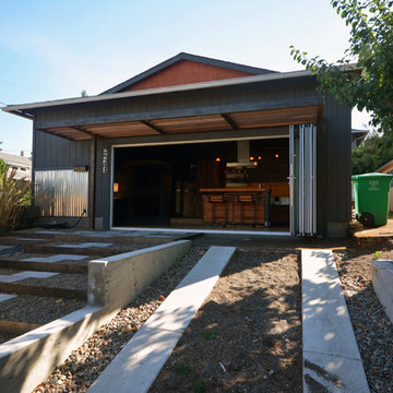 My Houzz: Couple's Two-Car Garage Becomes Their Chic New Home