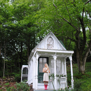 Design ideas for a shabby-chic style detached shed and granny flat in New York.