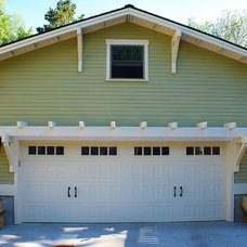 Traditional Garage And Shed by Gravitas, Inc.