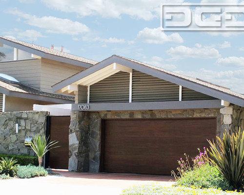 saveemail orange county modern style garage door - Mid Century Modern Garage Doors