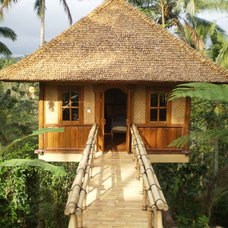Tropical Garage And Shed by PT Bali Greenworld