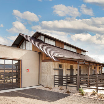Perry Park Residence and Equestrian Facility - Barn