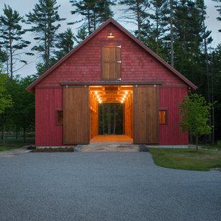 Country barn in Boston.