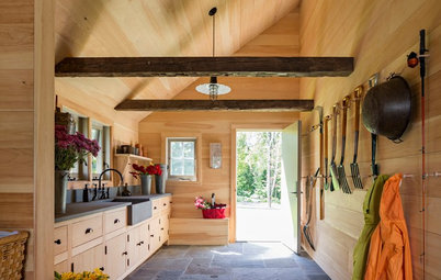 9 Gorgeous Garden Sheds and Luxury Indoor Potting Stations