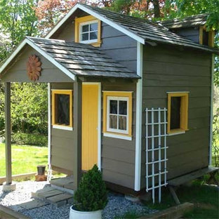 Design ideas for a small victorian detached garden shed in Philadelphia.