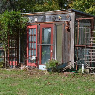 Greenhouse - eclectic detached greenhouse idea in Austin