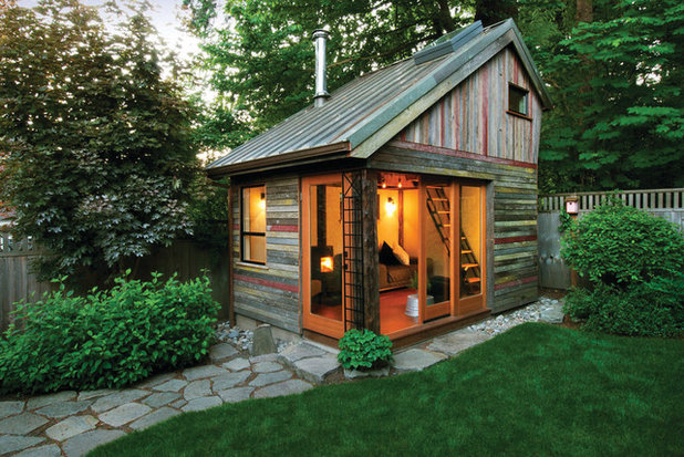 Rustic Garden Shed and Building by Krownlab