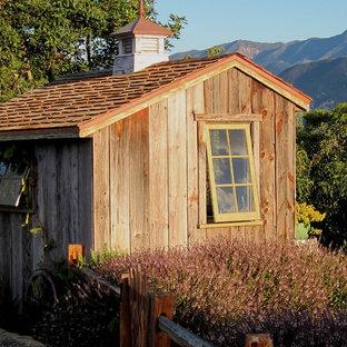 Idéer för att renovera ett litet lantligt fristående trädgårdsskjul