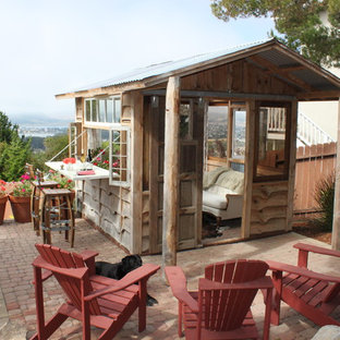 Guesthouse - mid-sized rustic detached guesthouse idea in San Luis Obispo