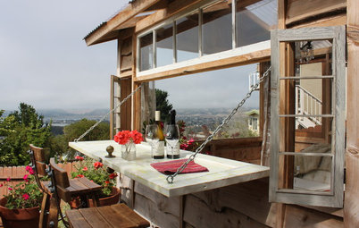 A Romantic 'We Shed' on the California Coast