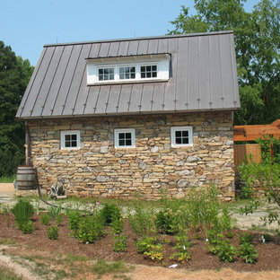 Shed - traditional shed idea in Richmond