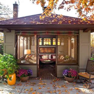 Imagen de casa de invitados independiente de estilo americano