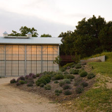 Farmhouse Garage And Shed by Studio Carver
