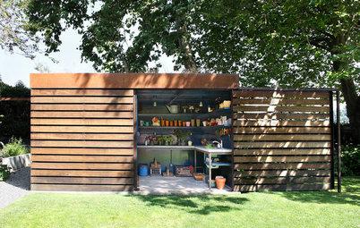 8 rangements discrets et fonctionnels optimisent le jardin