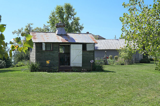 Country Granny Flat or Shed by Julie Ranee Photography