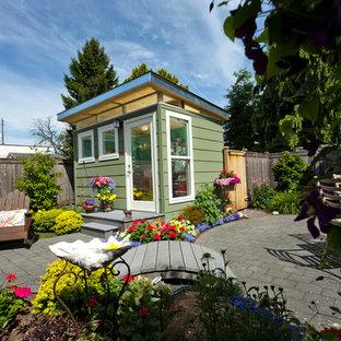Idee per piccoli garage e rimesse indipendenti chic con ufficio, studio o laboratorio