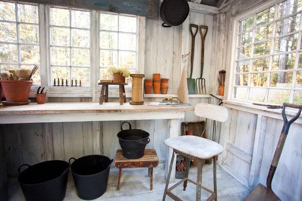 Landhausstil Gartenhaus by Theresa Fine
