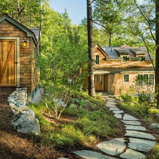 Freistehendes, Kleines Rustikales Gartenhaus in Boston