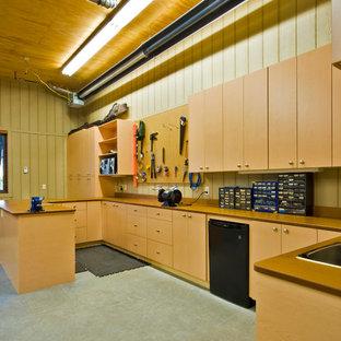 Foto på ett vintage kontor, studio eller verkstad