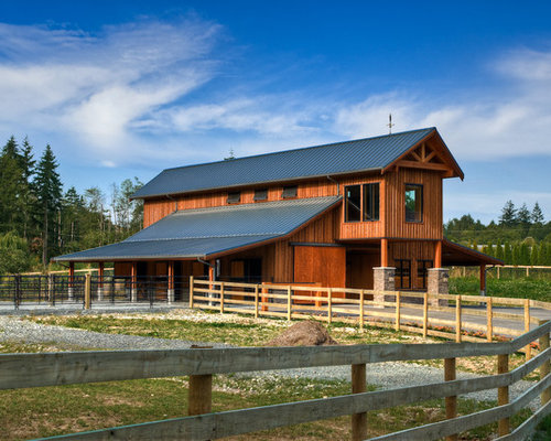 Example Of A Huge Country Detached Barn Design In Vancouver