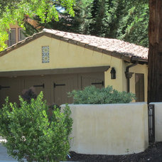 Mediterranean Garage And Shed Spanish Style Houses