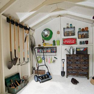 Foto di un piccolo capanno da giardino o per gli attrezzi tradizionale