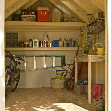 Storage Sheds & Garage Buildings