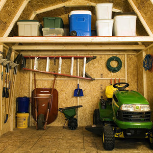 Inspiration for a timeless shed remodel in Detroit