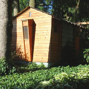 Mid-sized urban detached garden shed photo in Philadelphia