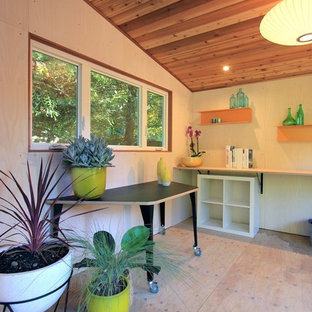 Medium sized contemporary detached garden shed in San Francisco.