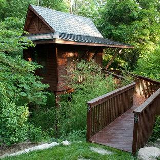 Inspiration för ett litet rustikt fristående gästhus