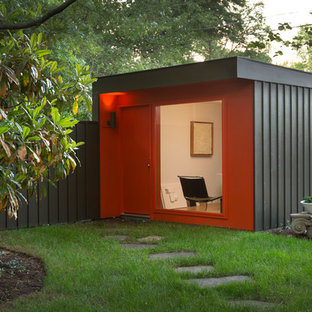 Example of a small minimalist shed design in Kansas City