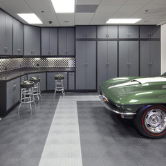 modern garage and shed by Dave Brewer Homes