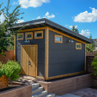 This is an example of a medium sized traditional detached garden shed in Orange County.