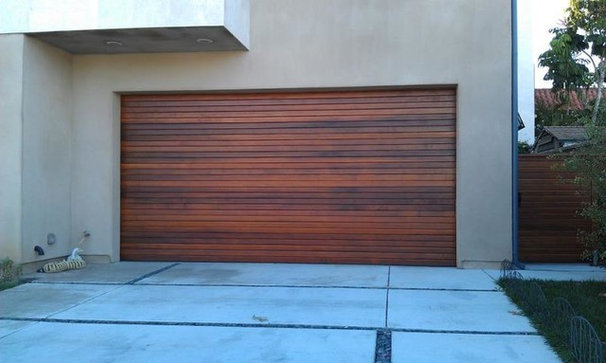 Contemporary Garage And Shed by CertaPro Painters of Palos Verdes Peninsula