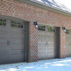 Traditional Garage And Shed by Slate Barganier Building, Inc