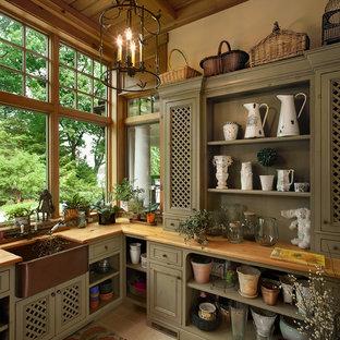 Foto di un capanno da giardino o per gli attrezzi vittoriano