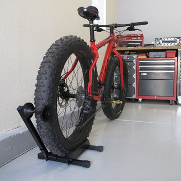 What about bikes that don't fit on the wall?  No problem.
