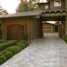 Craftsman Garage And Shed by New Canaan Landscaping Inc.