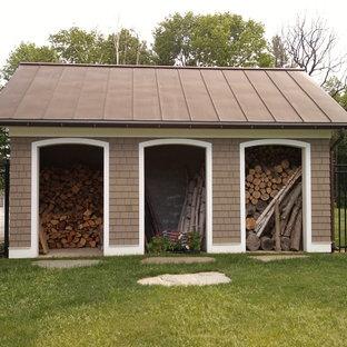 Garden shed - traditional garden shed idea in Burlington