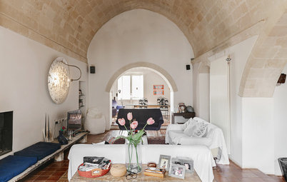 My Houzz: Peek Into a Renewed 13th-Century Cave Dwelling in Italy
