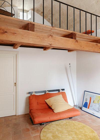 Mediterranean Living Room by Pierangelo Laterza