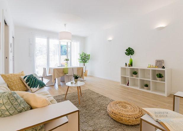 Moderno Soggiorno by Mobili in Cartone Home Staging