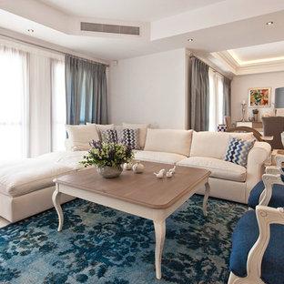 Immagine di un grande soggiorno chic aperto con sala formale, pareti bianche, pavimento in marmo e pavimento beige