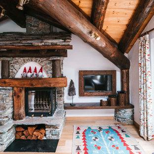 Foto di un soggiorno rustico di medie dimensioni e chiuso