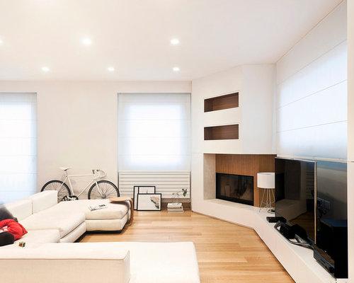 photos et id es d co de pi ces vivre scandinaves avec un manteau de chemin e en bois. Black Bedroom Furniture Sets. Home Design Ideas
