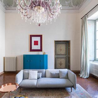 Foto di un grande soggiorno contemporaneo chiuso con sala formale, pareti beige, pavimento in terracotta e pavimento marrone