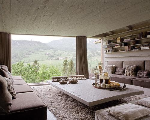 Soggiorno in montagna foto e idee per arredare for Pareti grigie soggiorno